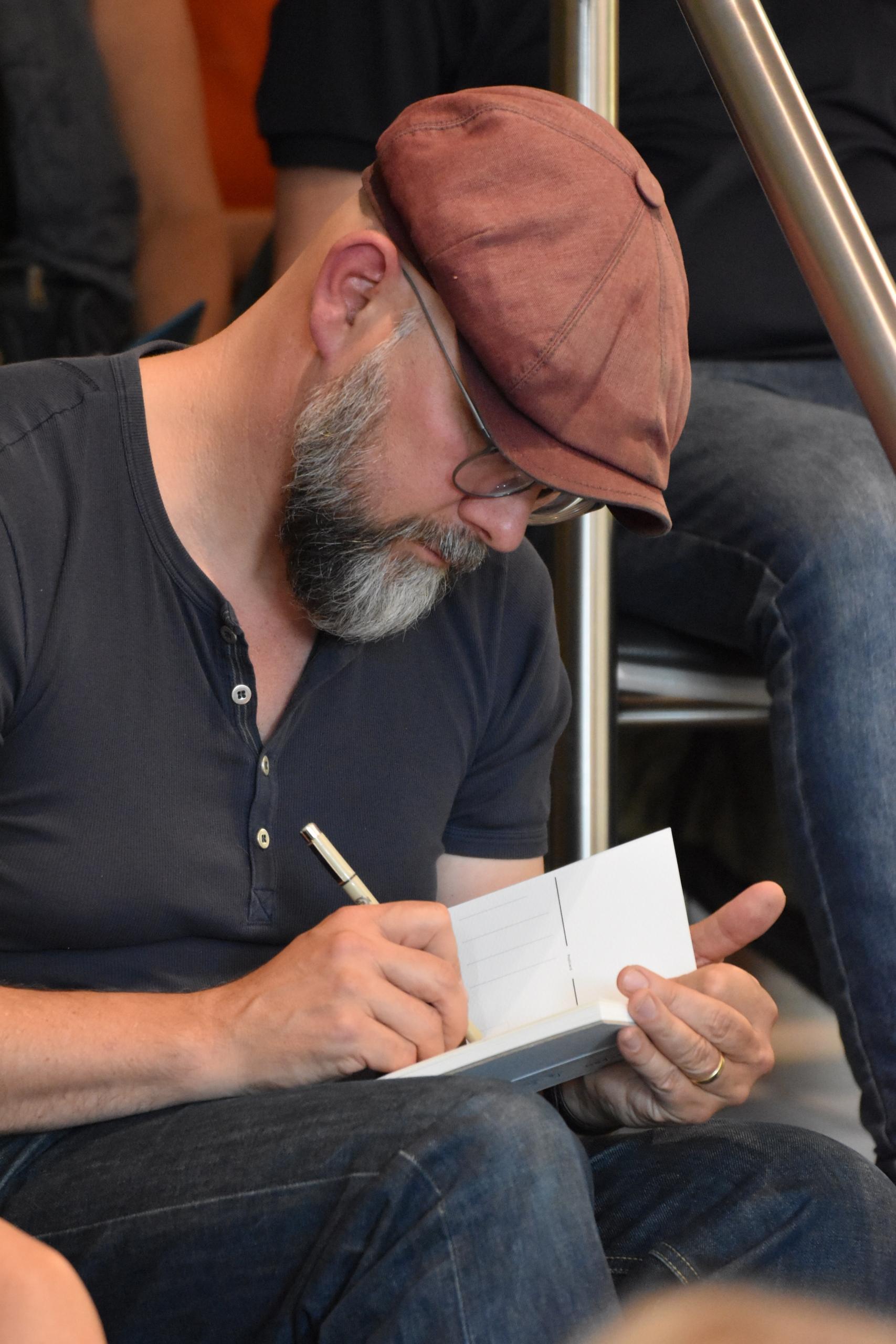 Malte Wulf scaled - Promi-Talk mit Cartoonist Uli Stein